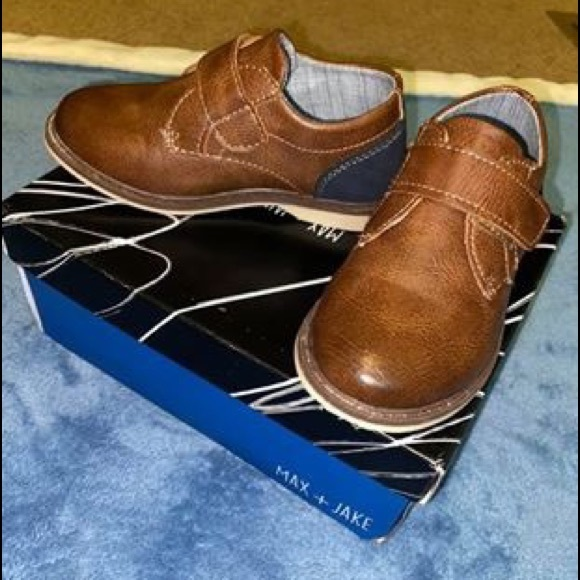 DSW Shoes   Toddler Boys Size 8   Poshmark